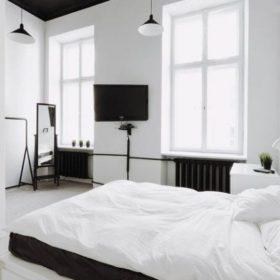 Однотонное постельное белье белое